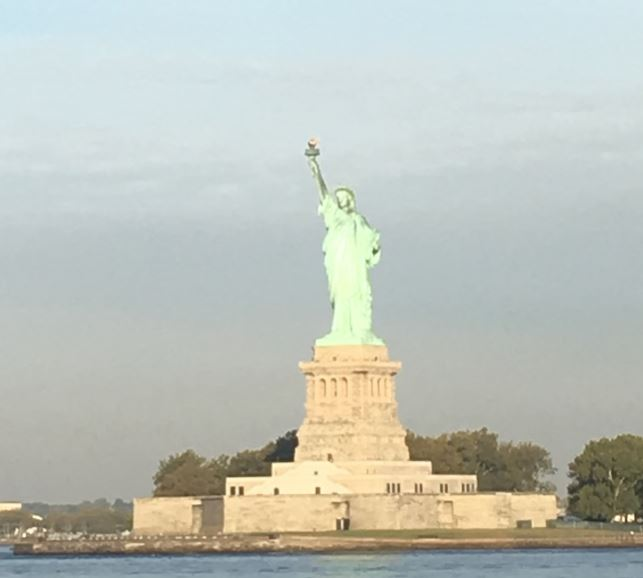ニューヨーク 自由の女神 無料 スタテンアイランドフェリー