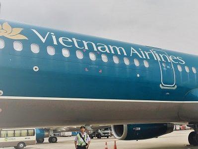 ベトナム航空(A350-900)ビジネスクラス搭乗記 美味機内食&フルフラットの旅♪